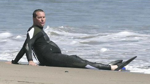 val-kilmer-fat-on-beach