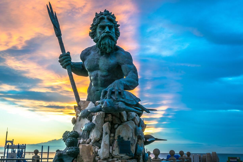 статуя нептуна картинки поздравления